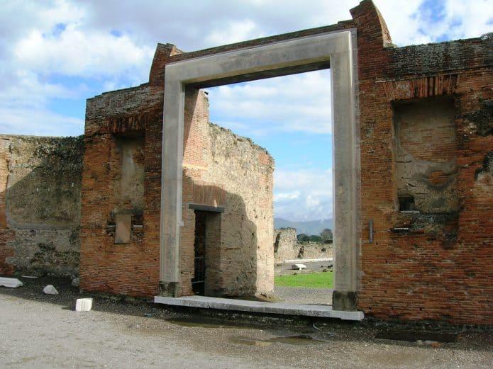 Cosa vedere a Pompei: Edificio di Eumachia