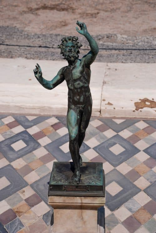 Visitare Pompei in un giorno: la casa del Fauno. Biglietti