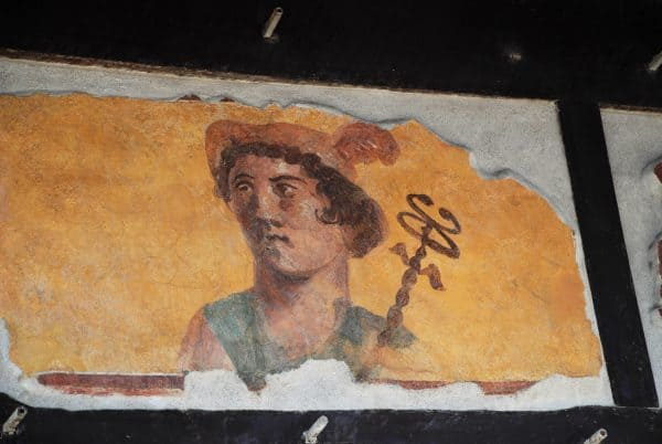 Visitare Pompei: uno dei bellissimi affreschi, tra le cose da vedere