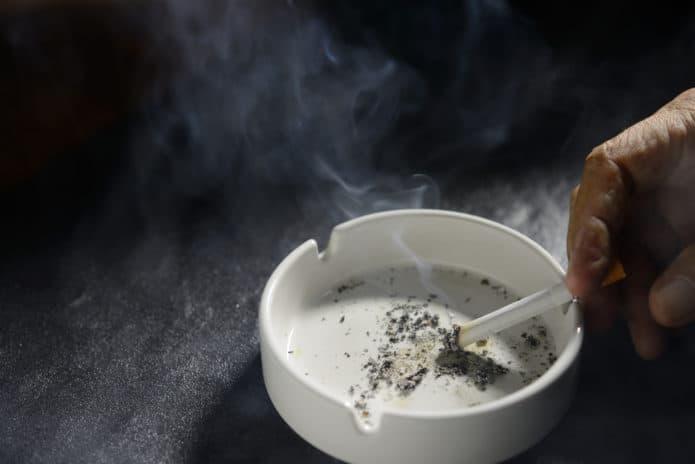 Si può fumare negli scavi di Pompei?